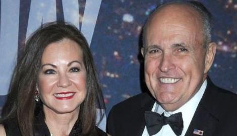 Judith Giuliani 5 Facts About Rudy Giuliani's Wife