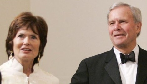 7 facts about Tom Brokaw's wife Meredith Lynn Auld