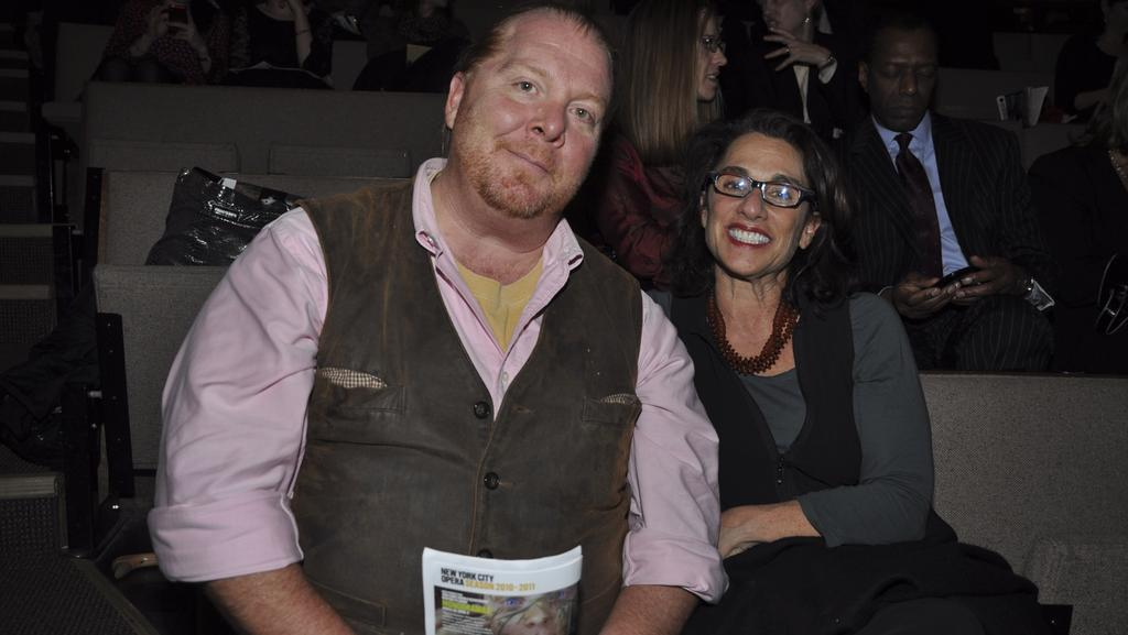 Susi Cahn 5 Facts About Mario Batali's Wife (Bio, Wiki)
