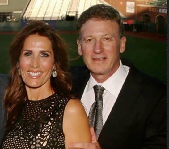 Davina Isackson 5 Facts About WP Investments President Bruce Isackson's Wife