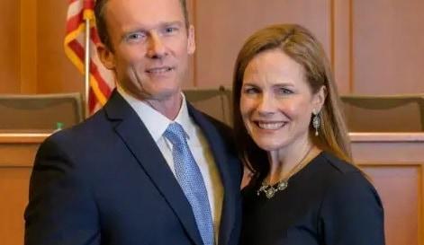 Jesse Barrett 5 Facts About Judge Amy Coney Barrett's Husband